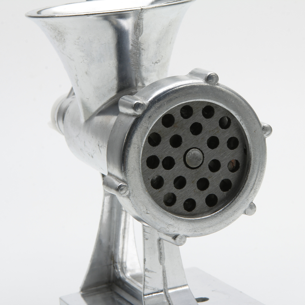how to clean a manual meat grinder